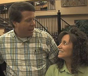 Extra Scoop: The Duggars Expecting 20th Child!