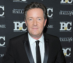 Extra Scoop: Piers Morgan Leaving 'America's Got Talent'