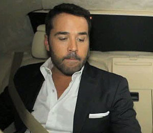 Video! Riding with Jeremy Piven to 'Melt with You' Premiere