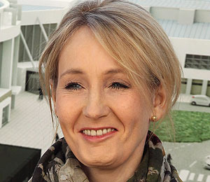 J.K. Rowling on Paparazzi: 'Felt I was Being Blackmailed'