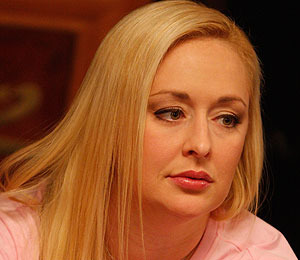 Extra Scoop: Mindy McCready is Expecting Twins