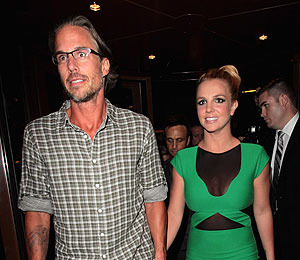 Britney Spears' Boyfriend Ready to Pop the Question