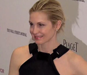 Kelly Rutherford Gives Her Fashion Expertise on OpenSky