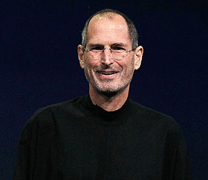 Steve Jobs Tops Barbara Walters' 'Fascinating People' List