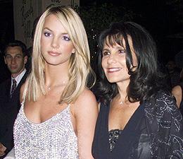 Lynne Spears Details Britney's 'Storm'