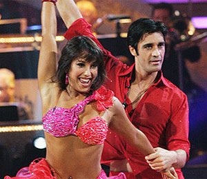 Gilles Tangos to Perfection on 'Dancing'