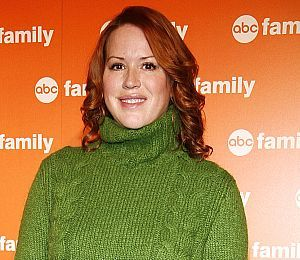 It's Twins for Molly Ringwald!