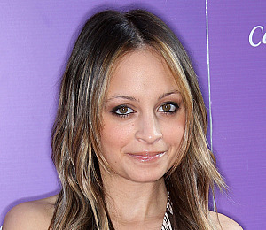 Sick Nicole Richie 'in Bed' to 'Recover'