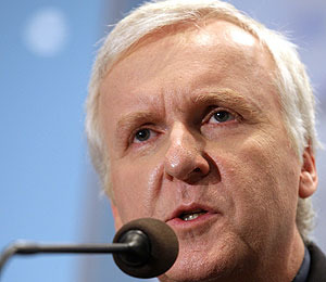 James Cameron Gets Involved in Oil Spill Effort
