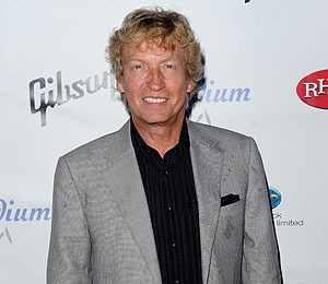 Nigel Lythgoe Knocks Down J.Lo Rumors