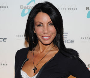 Extra Scoop: 'NJ Housewife' Danielle Staub Fired? Plus, Fantasia & More!
