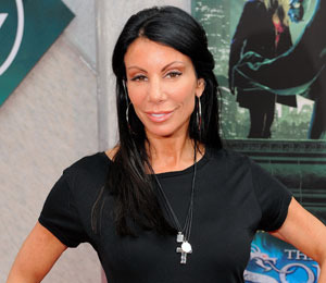 Extra Scoop: Danielle Staub Leaves 'NJ Housewives'! Plus, Paris Hilton & More!