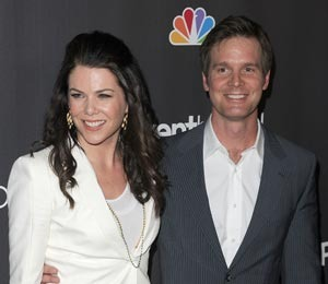 Lauren Graham and Peter Krause Are Dating!