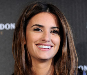 Extra Scoop: Penélope Cruz is Pregnant! Plus, 'Bachelor Pad' Winner &…