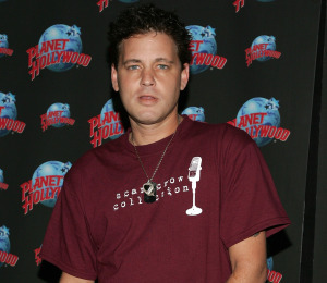 Memorabilia Site Offers $20,000 to Corey Haim's Family