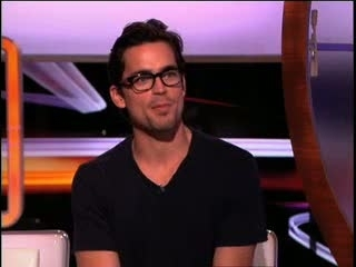"Video: Matt Bomer Takes ""Extra's"" Rapid-Fire Quiz"