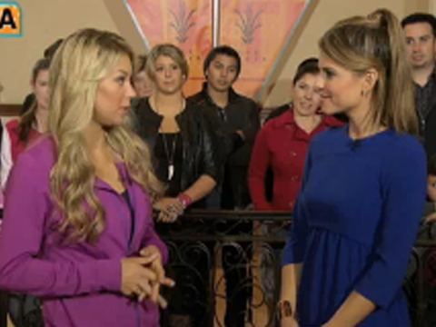 'Extra' Raw! Anna Kournikova Talks Body Image at The Grove