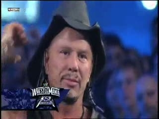 Mickey Rourke Does Wrestlemania
