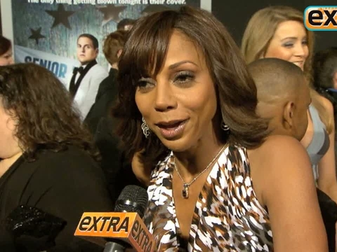"""""""Extra"""" Talks with Holly Robinson Peete at the '21 Jump Street' Premiere"""