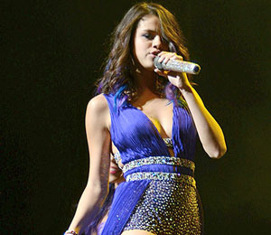 Selena Gomez Performs in Body-Hugging Costume