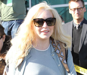 Lindsay Lohan Steps Out with Henry Hopper