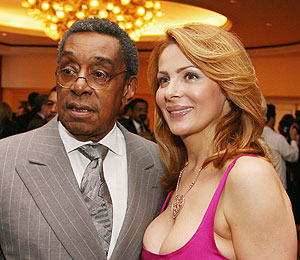 Extra Scoop: Don Cornelius' Ex-Wife to Get $300K Life Insurance