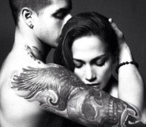 Extra Scoop: J.Lo Tweets Sensual Pic with Boyfriend