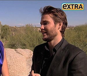 'Extra' Raw: Taylor Kitsch Talks about 'John Carter' Film