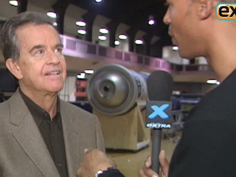 Dick Clark at the 32nd AMAs: 'There's Nothing Like Live Television'
