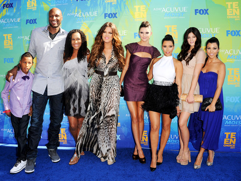 Kardashians Sign $40M Deal to Stay with E!