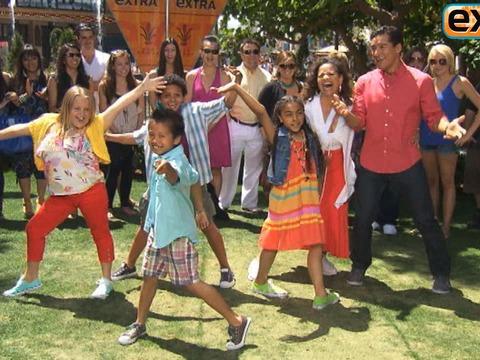 Video! Debbie Allen and Her Kids Dance with Mario