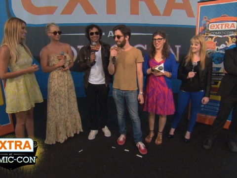 'Extra at Comic-Con': The 'Big Bang'!