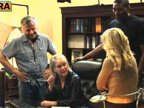 'Extra' Raw! Behind-the-Scenes with Nancy Grace