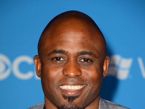 Wayne Brady Plays 'Let's Make a Deal' on 'Extra'!