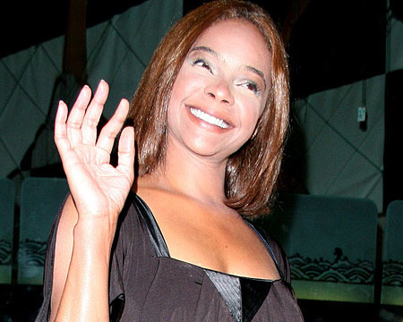 Video! 'Saved by the Bell's' Lark Voorhies Calls Bipolar Claims 'Comical'