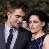 Extra Scoop: Kristen Stewart Buys Home Near Robert Pattinson