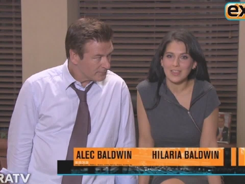 '30 Rock' Set Visit: Hilaria Baldwin Takes 'Extra' Behind the Scenes