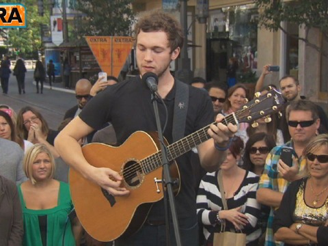 Video! Phillip Phillips Performs at The Grove