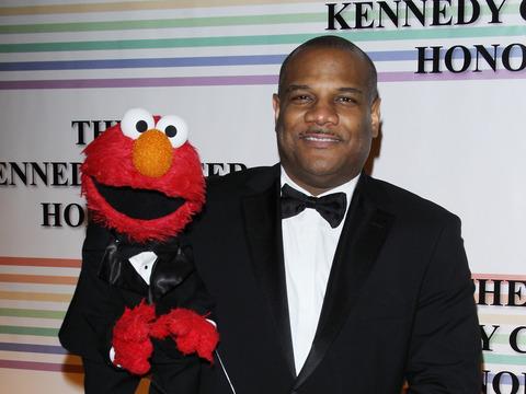Extra Scoop: Sesame Street Scandal: Voice of Elmo Denies Underage Sex…