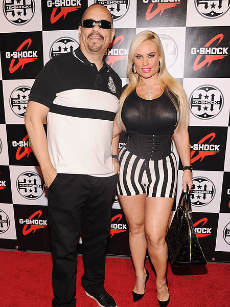 Ice-T Is Tweeting Mad At Pix Of Wife Kissing Another Man  Extratvcom-4906