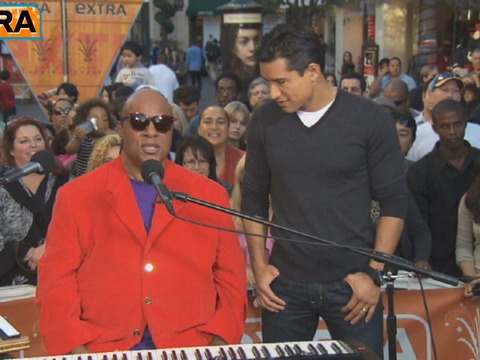 Video! Stevie Wonder Duets with 'X-Factor's' Vino Alan
