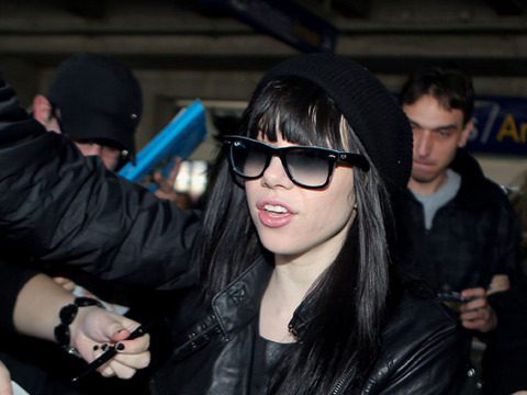 Carly Rae Jepsen was mobbed by fans at the Nice Airport on Friday.
