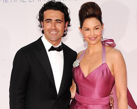 Ashley Judd Splits with Racer Dario Franchitti