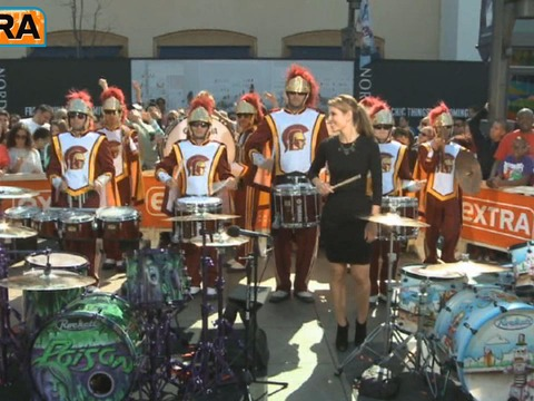 'Extra' Raw! Rikki Rockett and the USC Drumline Rock Out