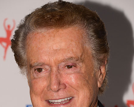 Regis Philbin on His 'Live!' Replacement: 'Strahan is Brilliant!'