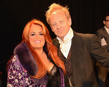 Wynonna Judd's Husband Walking Again After Leg Amputation