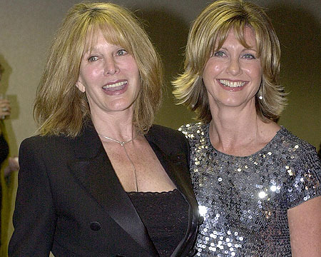 Olivia Newton-John to Help Sister Battle Cancer