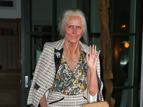 Is That Heidi Klum? See How She Transformed Into an Old Woman