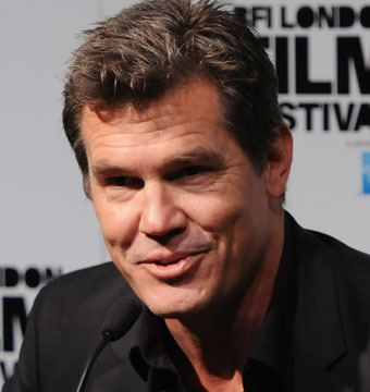 Extra Scoop! Josh Brolin on Bar Brawl: I'm Never Drinking Again!