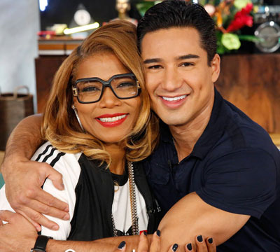 Video! Mario Lopez and Queen Latifah's '80s Dance Party